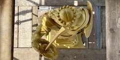 Die Megalopolis von oben mit neuer Goldbronzierung. © 2021 SBL Schwerin