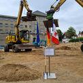 Baustelle im Hintergrund das Dokumentationszentrum © 2021 SBL Schwerin