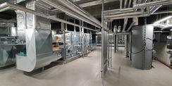 die Lüfterzentrale mit ihrer umfangreichen Technik © 2021 SBL Neubrandenburg