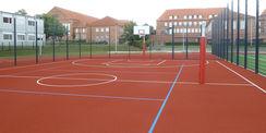 Blick auf das Kleinspielfeld mit Basketballfeld © 2021 SBL Neubrandenburg