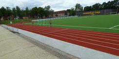 Auf dem Sportplatz wird schon trainiert. © 2021 SBL Neubrandenburg